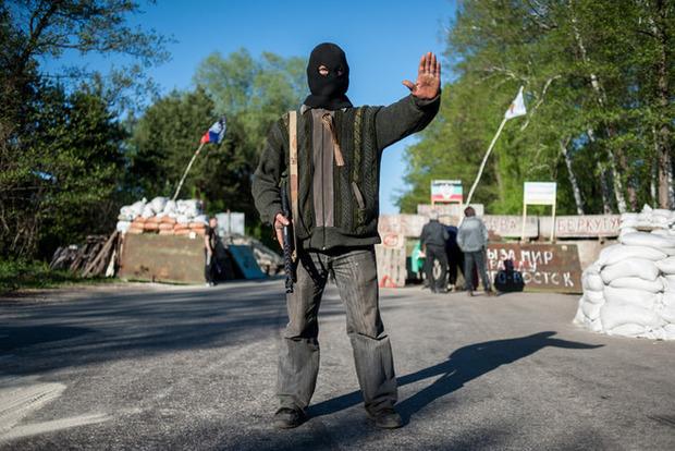 Инквизиция отдыхает: В ДНР людей по девять часов «маринуют» на блокпостах