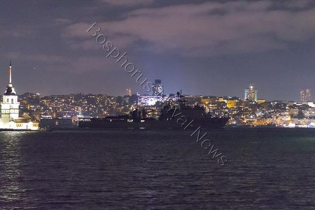 Десантный корабль США после Стамбула зашел в румынский порт