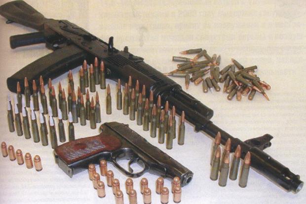 ВДонецкой области милиция задержала автомобиль с резервом оружия