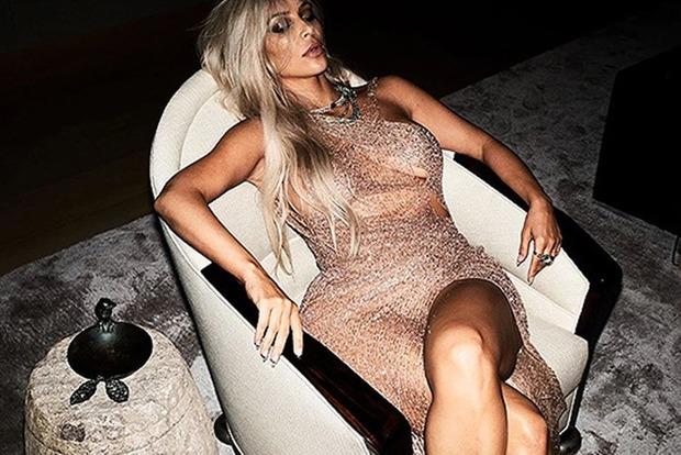 Ким Кардашьян снялась в шикарной фотосессии для издания Violet Grey