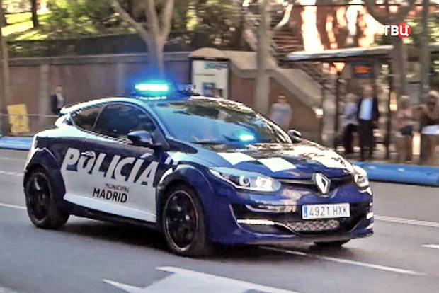 В Испании преступник на угнанной машине протаранил полицейских