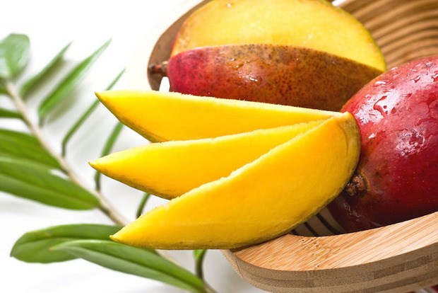 Ученые назвали фрукт, который борется с раком молочной железы