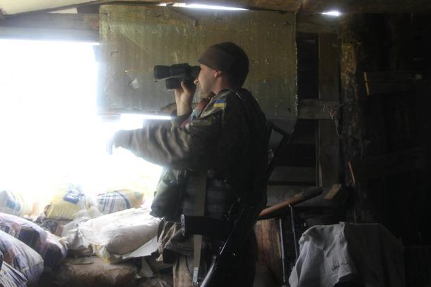 Боевики обстреляли Новозвановку и Троицкое: один военный погиб, двое ранены