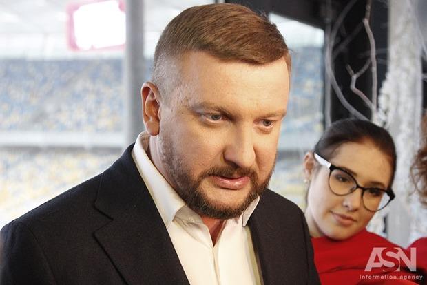 Петренко хочет, чтобы Рада сегодня рассмотрела законопроект о изменениях в НАПК
