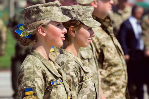 Порошенко поздравил с 25-й годовщиной создания Вооруженных Сил Украины