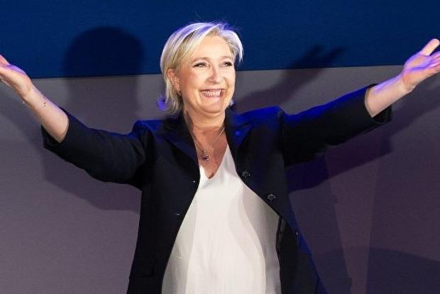Марин Ле Пен снова стала главой ультраправого «Национального фронта»