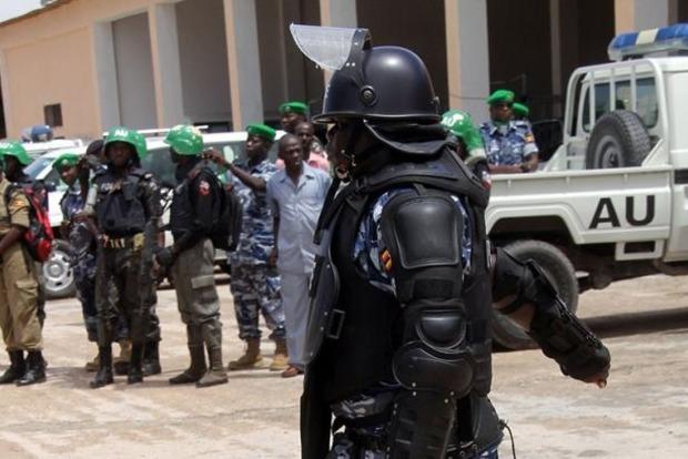 В Сомали смертник подорвался у здания правительства: есть жертвы