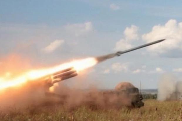 Россияне во время учений обстреляли артснарядами жилые дома
