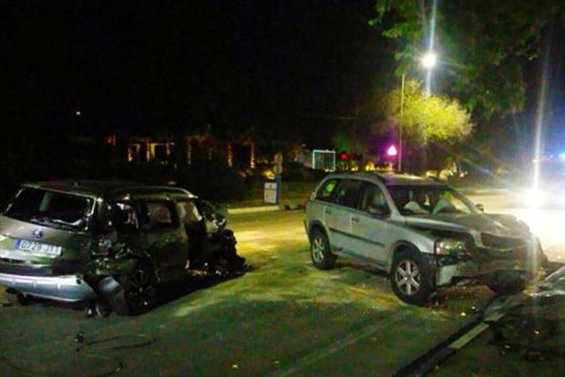 Пьяный водитель въехал в толпу людей на пляже в Испании, 8 человек пострадали