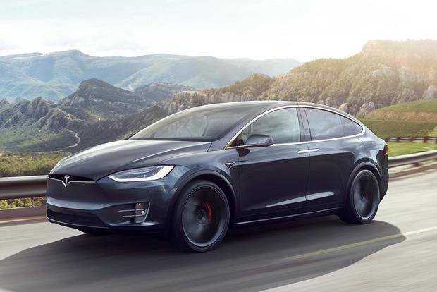 Один и тот же электрокар Tesla пытались угнать два раза