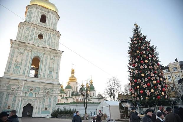 Главную елку Украины зажгут 19 декабря в 20:00 на Софийской площади