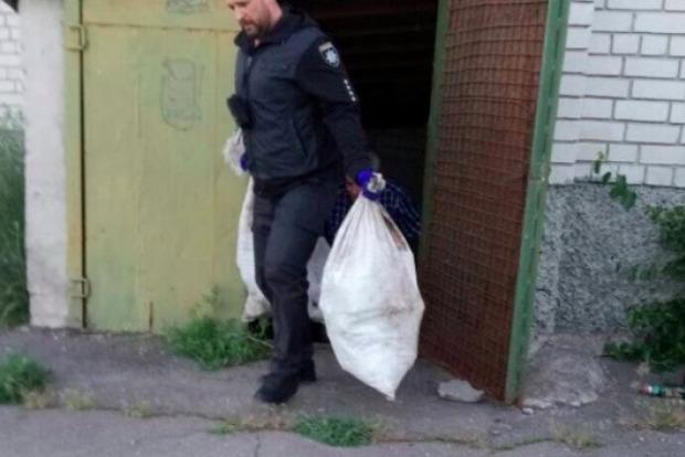 У будинку культури під Запоріжжям знайшли 3 мішки людських останків