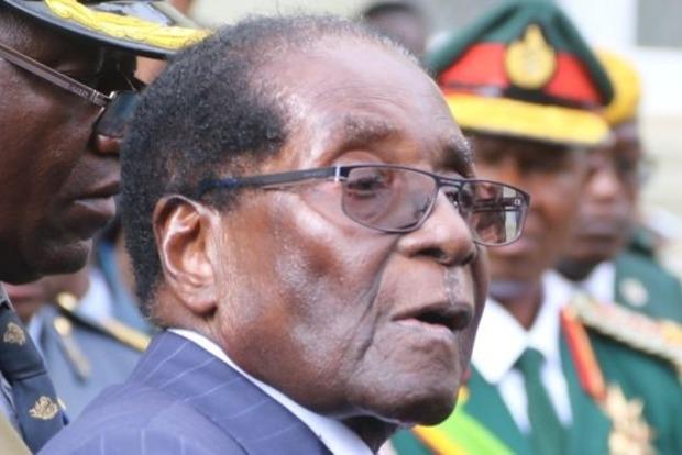 92-летний президент Зимбабве решил баллотироваться на новый срок