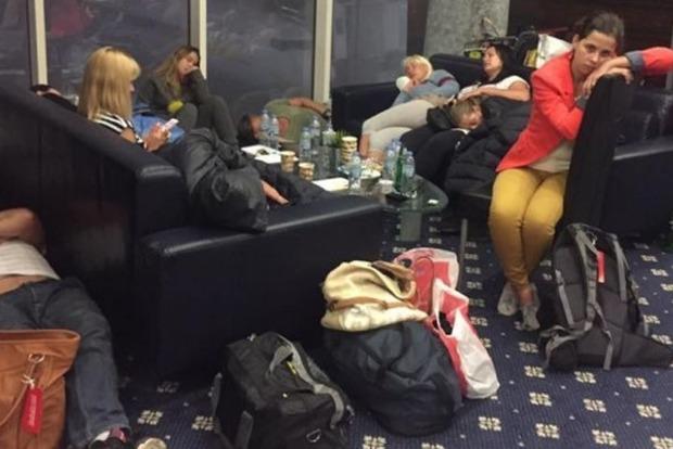 Омеляну, Кубиву и Климкину: юрист пояснил, кому выдвигать претензии обманутым туристам