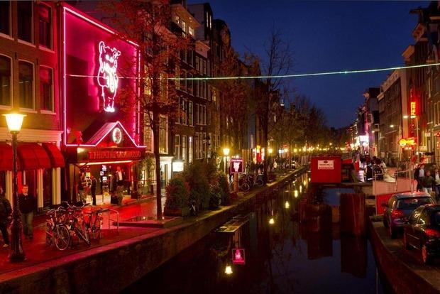 Район «красных фонарей» в Амстердаме скоро исчезнет