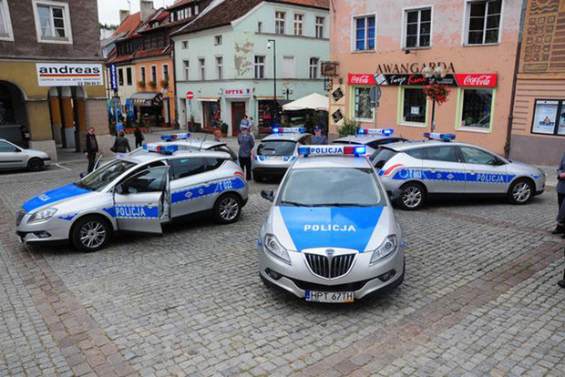 ВПольше задержаны 17 украинцев занарушения правил пребывания вгосударстве