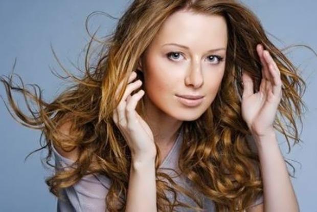 Весила 38 килограмм: Певица Юлия Савичева рассказала об анорексии