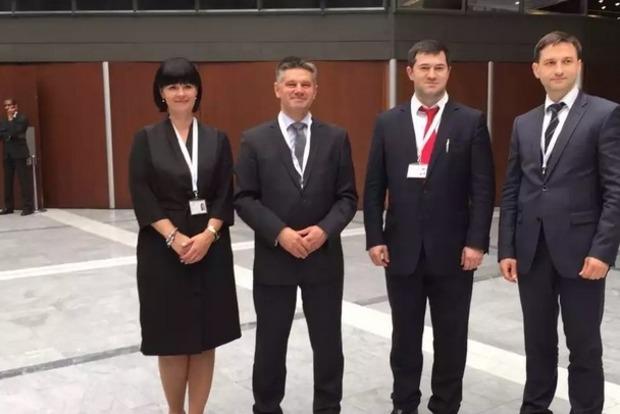 Насиров обсудил с главой польской таможни совместный контроль границы