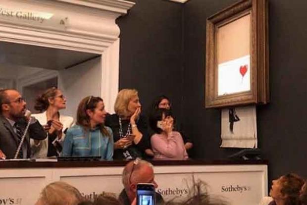 Картина Бэнкси за £1 млн самоуничтожилась сразу после продажи