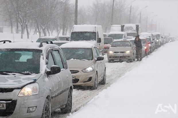 Cегодня Украину накроет активный циклон: метели, гололед и снег до 20 см