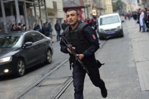 Почти 1700 подозреваемых в связях с боевиками задержали в Турции