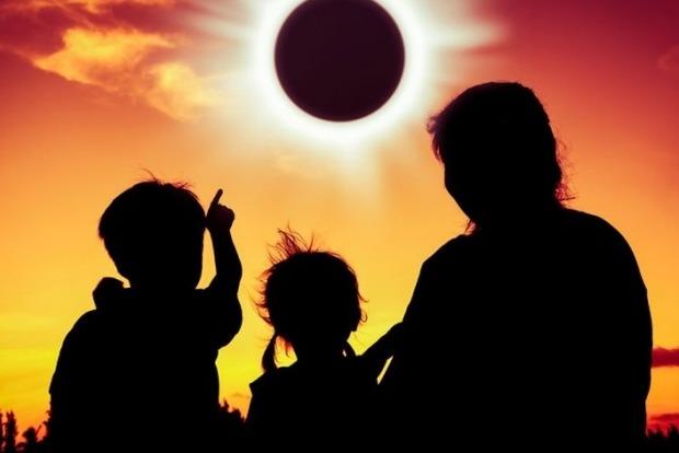 Уникальное солнечное затмение. Астролог рассказала, что можно, а чего не стоит делать в этот период