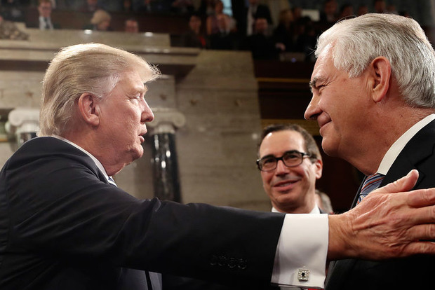 Трамп решил померяться IQ со своим госсекретарем