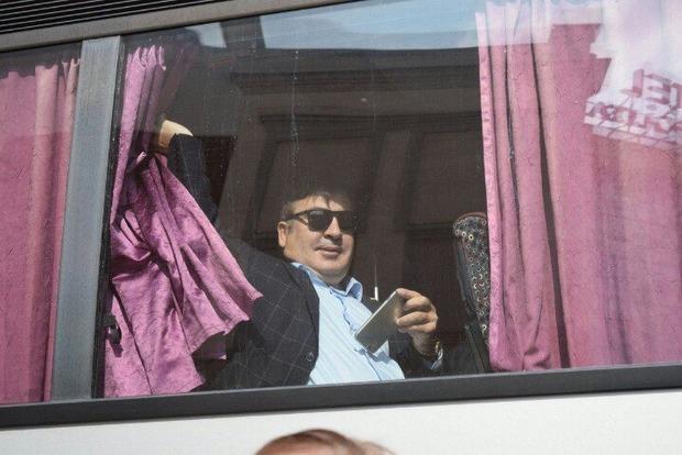 Саакашвили уверен, что абсолютно легально находится в Украине