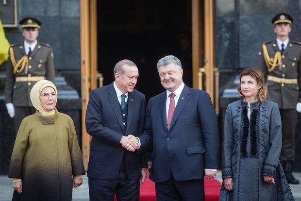 Порошенко и Эрдоган обсуждали будущее целых три часа