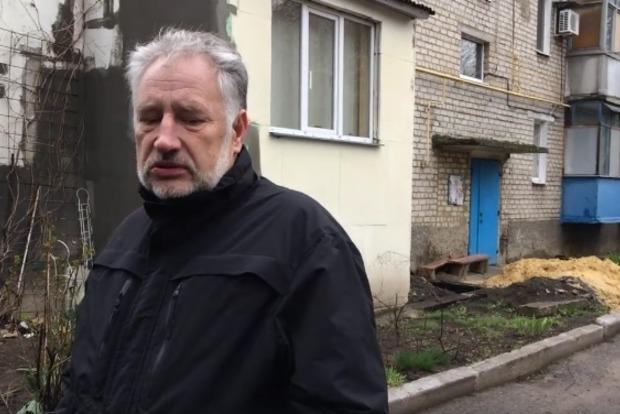 Жебривский показал, как восстанавливают дома в Марьинке после обстрелов боевиками «ДНР»