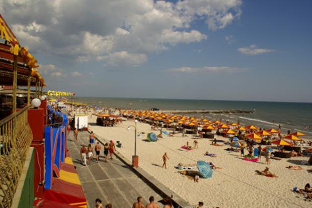 Почему россияне до сих пор отдыхают на НАШИХ пляжах?