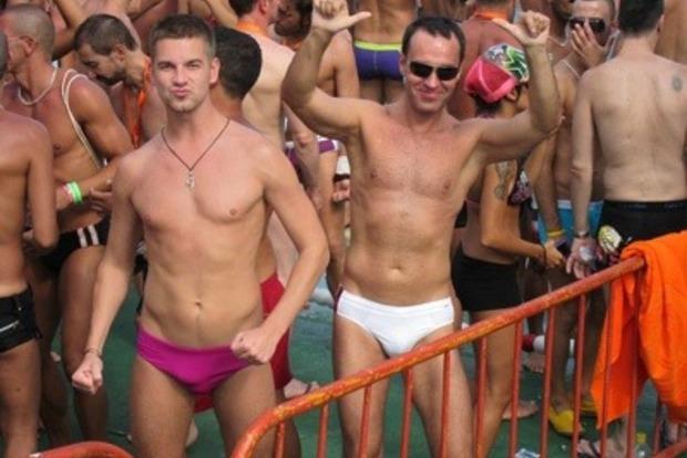 Женатый гей, коррупционер и титушковод. Что известно о обвиненном в госизмене харьковском чиновнике