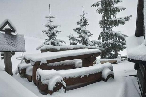 Готовьте лыжи и санки: Украину засыпает снегом, где уже наступила зима.