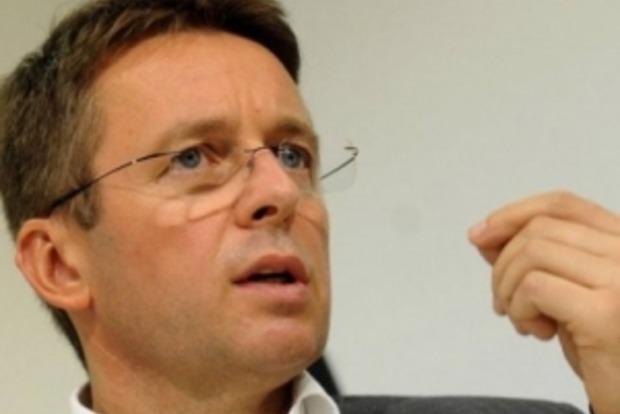 Миклош назвал причины провала реформ