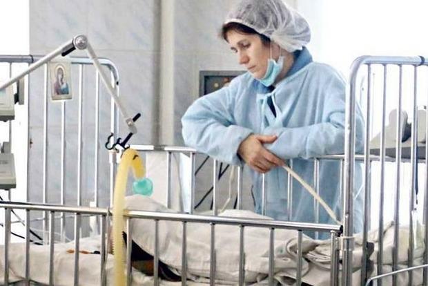 В Виннице скончался 2-летний ребенок, которому из-за халатности врачей ампутировали руку