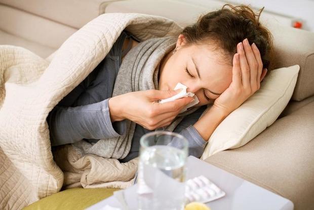 Около 20 тысяч киевлян болеют гриппом и ОРВИ