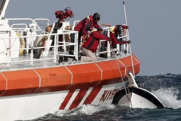 Спасены три члена экипажа затонувшего в Черном море сухогруза