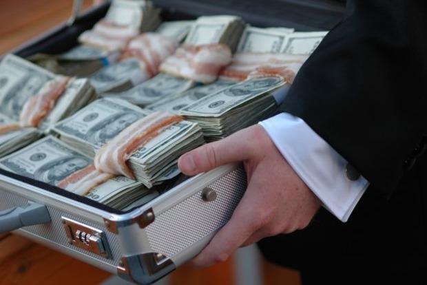 В Ивано-Франковске осудят члена приемной комиссии за взятку