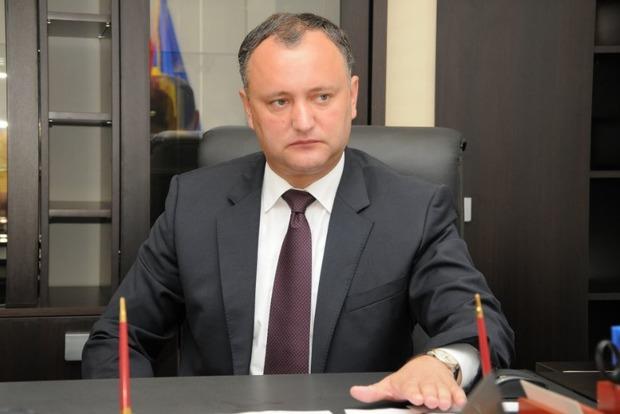 Додон придумал, как наказать правительство за высылку российских дипломатов