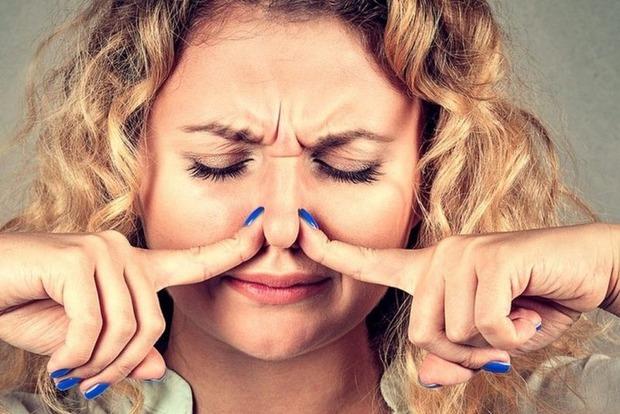 8 продуктів, які перетворюють вас на смердючого скунса