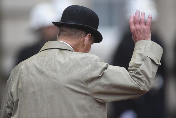 «Так, ну и кто тут балуется наркотиками?!. 15 самых злых шуток ушедшего на пенсию герцога Филиппа