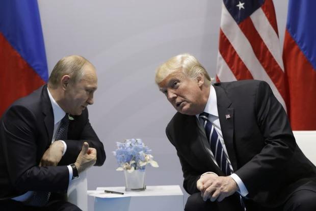 Белый дом: Трамп поддерживает законодательный проект оновых санкциях противРФ