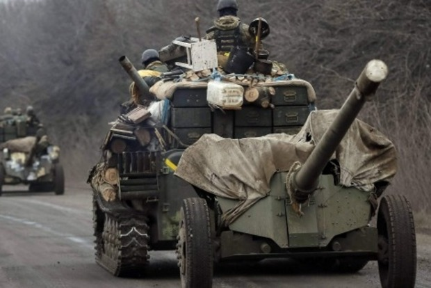 Начинается отвод артиллерии на Мариупольском направлении