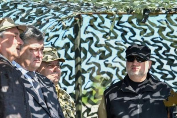 «Мирна реінтеграція» Донбасу за «воєнного стану». Як це