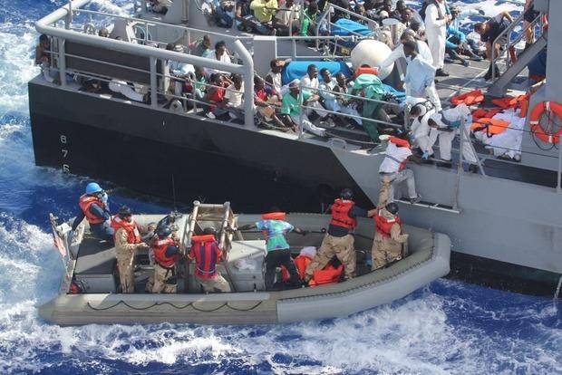 Упобережья Италии отыскали тела 26 девушек