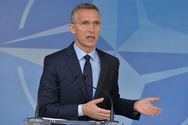 Столтенберг призвал страны НАТО не отказываться от ядерного оружия