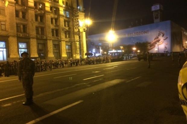Сегодня в Киеве перекроют центральную улицу. Репетируют парад