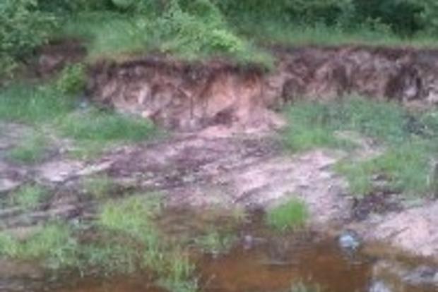 В Черниговской области незаконно добывали грунт на самовольно занятых землях