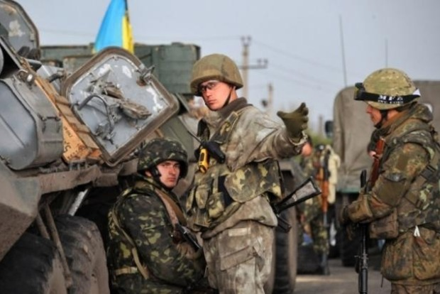 В зоне АТО двое украинских военных погибли, десять были ранены