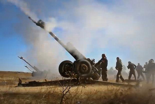 Боевики активно ведут стрельбу по всей линии фронта